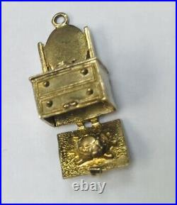 9ct GOLD VINTAGE DRESSING TABLE WITH HIDDEN TURTLE Charm/Pendant