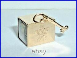 VINTAGE 14K YELLOW GOLD EMERGENCY MAD MONEY BOX PENDANT CHARM with hammer
